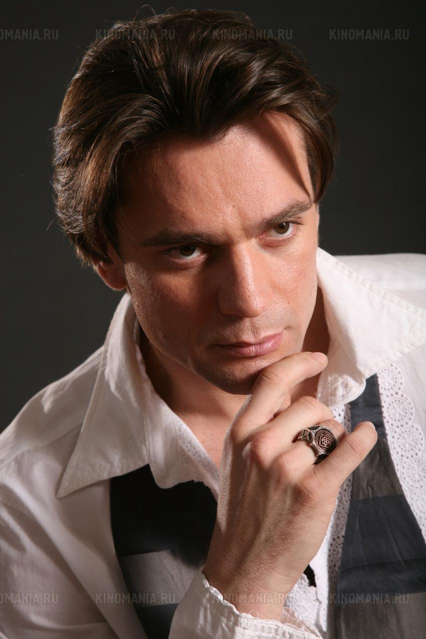Александр волков актер личная жизнь жена дети фото